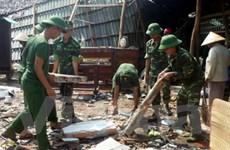 8 người chết do lũ, 14 người bị thương vì lốc xoáy