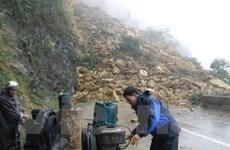 Nổ mìn phá đá tìm thi thể nạn nhân lở đất Mai Châu