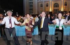 Giao lưu văn hóa hướng về đoàn kết Việt Nam-Lào
