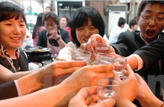 HQ: mỗi năm chi 50 tỷ won đền thiệt hại say xỉn