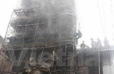 Hà Nội: Cháy lớn thiêu rụi siêu thị quần áo 4 tầng