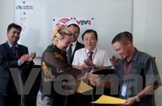 Đưa kênh VTV 4 đến với Việt kiều tại Campuchia