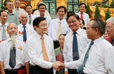 Chủ tịch nước gặp cựu tù chính trị, tù binh TP.HCM
