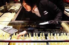 Giá vàng trên thị trường châu Á thoát mức đáy