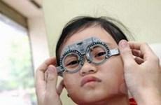 Khoảng 2 triệu người khiếm thị cần được phục hồi