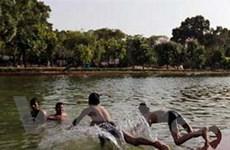 Nắng nóng ảnh hưởng đến nhiều khu vực tại Ấn Độ