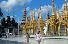 """Vất vả """"thuyết khách"""" tránh tour du lịch Thái Lan"""