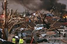 Lốc xoáy xé nát thành phố của Mỹ, 30 người chết