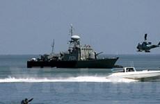 Hai tàu chiến Iran cập cảng Syria để huấn luyện