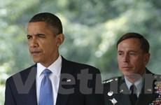 Giám đốc CIA từ chức khiến Obama thêm đau đầu