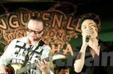 Thắp lửa yêu cùng nhạc sĩ gốc Việt Nguyên Lê