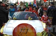 Tưng bừng diễu hành Tết Việt Nam ở Vancouver