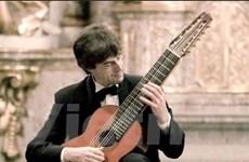 Pierre Laniau sẽ độc tấu guitar 10 dây tại Hà Nội