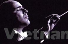 Nhạc trưởng Gérard Akoka sắp trình diễn ở Hà Nội