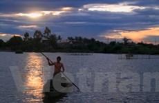 Phá Tam Giang: Một gam màu khác lạ của Huế