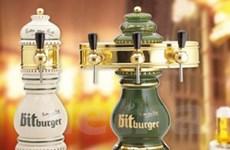 Đến Lễ hội uống bia Đức và ra về bằng... xe Đức