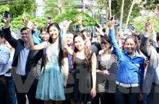 Ngọc Hân vận động thanh niên bầu chọn Hạ Long