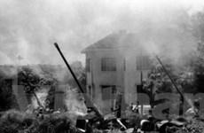 Patrick Chauvel lưu giữ ký ức thời chiến bằng phim