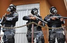Phản công Tổng thống tiếm quyền Honduras