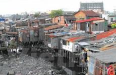 Thành phố Hồ Chí Minh: Khó giải tỏa ven kênh