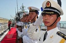 Tàu chiến của Trung Quốc lần đầu tiên thăm UAE