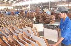Ngành gỗ gặp khó về nguyên liệu và thị trường