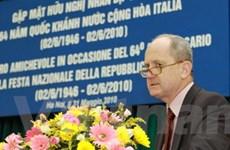 Gặp mặt hữu nghị dịp 64 năm Quốc khánh Italy