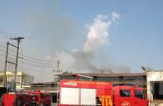 Cả khu công nghiệp nhốn nháo vì cháy bồn nhiệt
