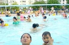 Dạy trẻ bơi để giảm số trường hợp bị đuối nước