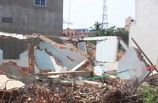 Bình Phước: Tử vong khi đập tường để lấy sắt vụn