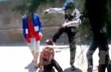 Nữ sinh tổ chức đánh bạn có thể bị phạt hành chính