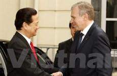 Thủ tướng gặp một số nhà lãnh đạo tham dự ASEM 8
