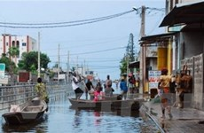 Chủ tịch nước thăm hỏi tình hình mưa lũ ở Benin