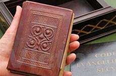 Cuốn sách cổ nhất châu Âu đạt giá 14 triệu USD