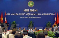 Hội nghị nhà văn ba nước Việt Nam-Lào-Campuchia