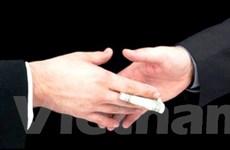 Bắt tạm giam một thư ký tòa có hành vi nhận hối lộ