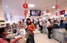 Doanh số bán lẻ của Anh giảm mạnh trong tháng Tư