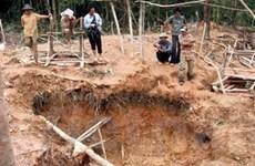 Hà Tĩnh bắt giữ 25 đối tượng khai thác vàng trái phép