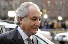 """""""Siêu lừa"""" Bernard Madoff lĩnh án 150 năm tù"""