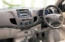 Đề nghị cho lưu hành ôtô tay lái nghịch tại VN