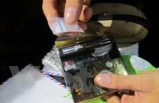 Phát hiện heroin, ma túy đá giấu trong hộp bật lửa