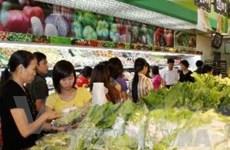 Thực phẩm giải nhiệt thu hút nhiều người tiêu dùng