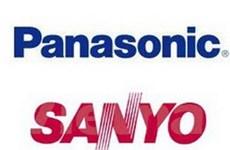 """Nhật """"bật đèn xanh"""" cho Panasonic mua lại Sanyo"""