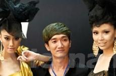 Hình ảnh hậu trường làm tóc Đẹp Fashion Show 10