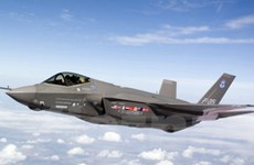 Anh mua máy bay chiến đấu tàng hình F-35 đầu tiên
