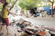 Hà Nội phạt nặng các hành vi đổ xả rác bừa bãi