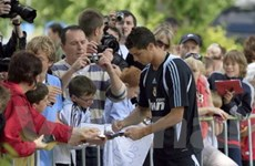 Người hâm mộ Ronaldo đổ dồn về Ireland