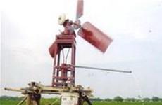 Sáng chế máy bơm nước chạy bằng sức gió