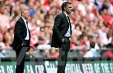 """Mourinho """"nhăm nhe"""" chiếc ghế của Sir Alex?"""