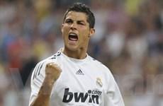 """Ronaldo bắt đầu """"nổ súng"""" cho Real Madrid"""